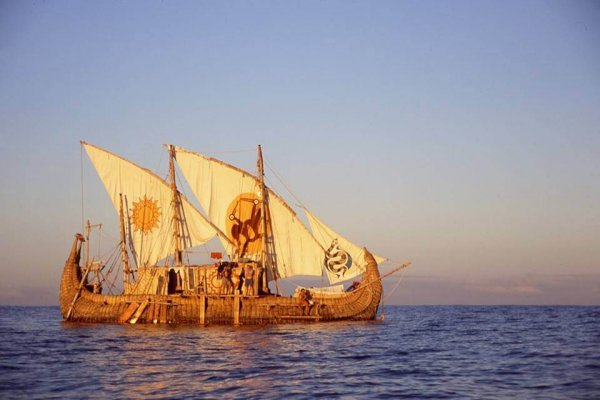 Viracocha II on its 2003 attempt to cross the Pacific Ocean from South America to Australia. Photo: Valentina Paz Muñoz